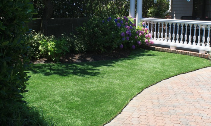 Artificial Grass for Commercial Applications in Fresno